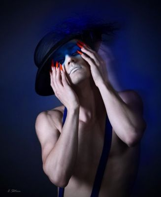 Make Up: Felix ShteinNail Design: Milana AmirModel: Dmitry ArzhanovichGraphik Design: Olga M-StudioPhoto: Edward Shtern